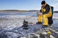 ice-fishing-barker