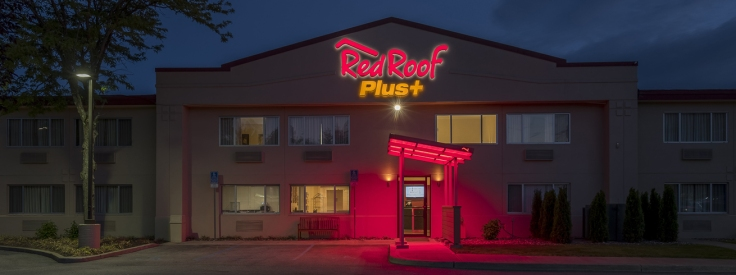 red roof PLUS+ poughkeepsie- renovated clean cheap hotel near poughkeepsie NY - exterior carousel
