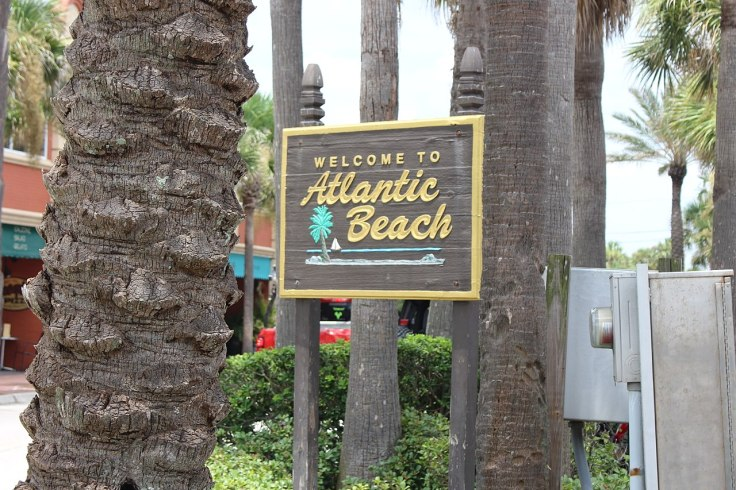 1280px-Welcome_to_Atlantic_Beach.jpg